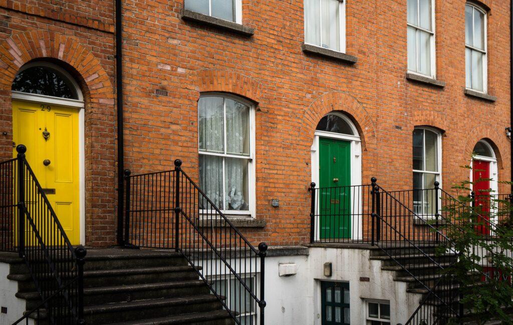 Frente das casas em Dublin
