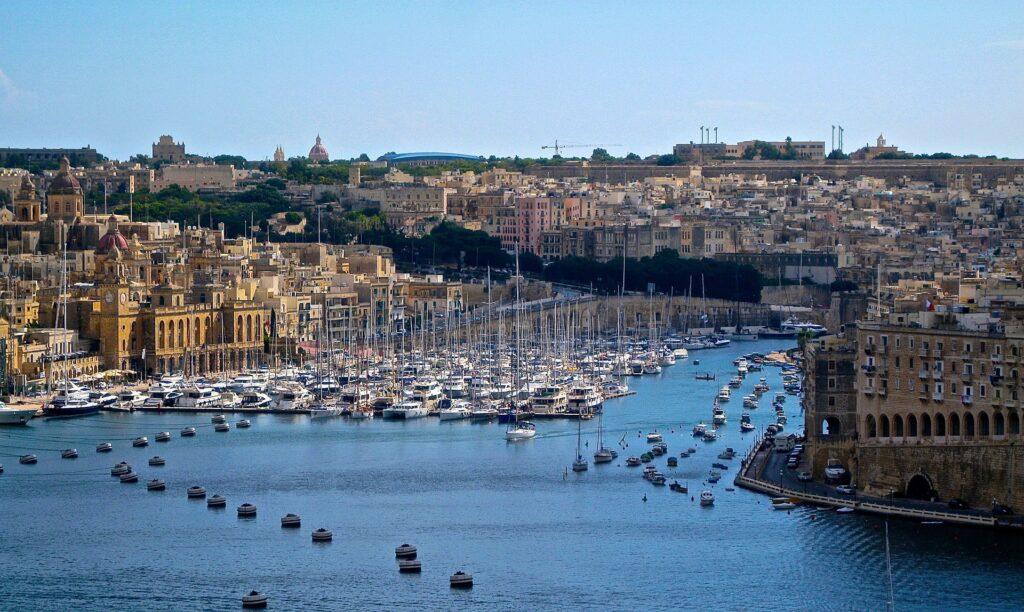 Onde fica Malta? Abaixo da Itália e pronta para receber novos turistas