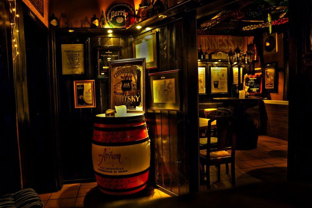 Interior de um pub irlandês