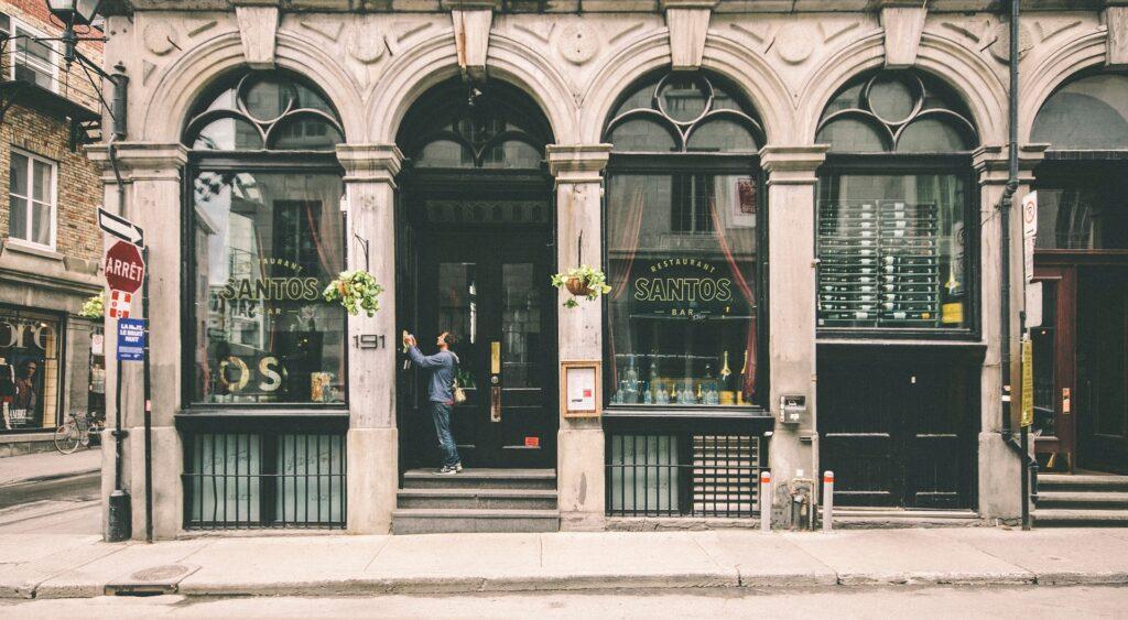 Frente de uma loja em Montreal