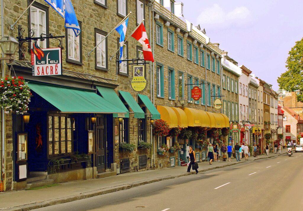 Avenida em Quebec