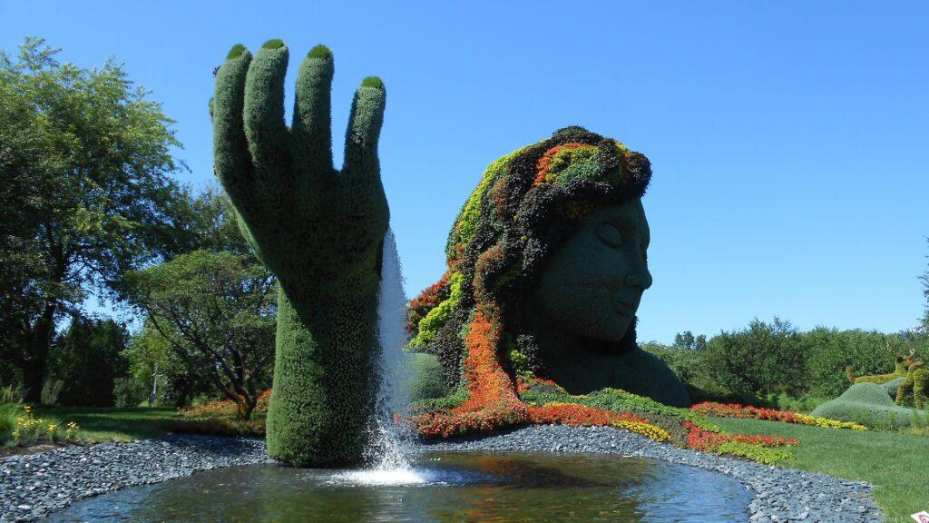 Foto de estátua no Jardim Botânico de Montreal