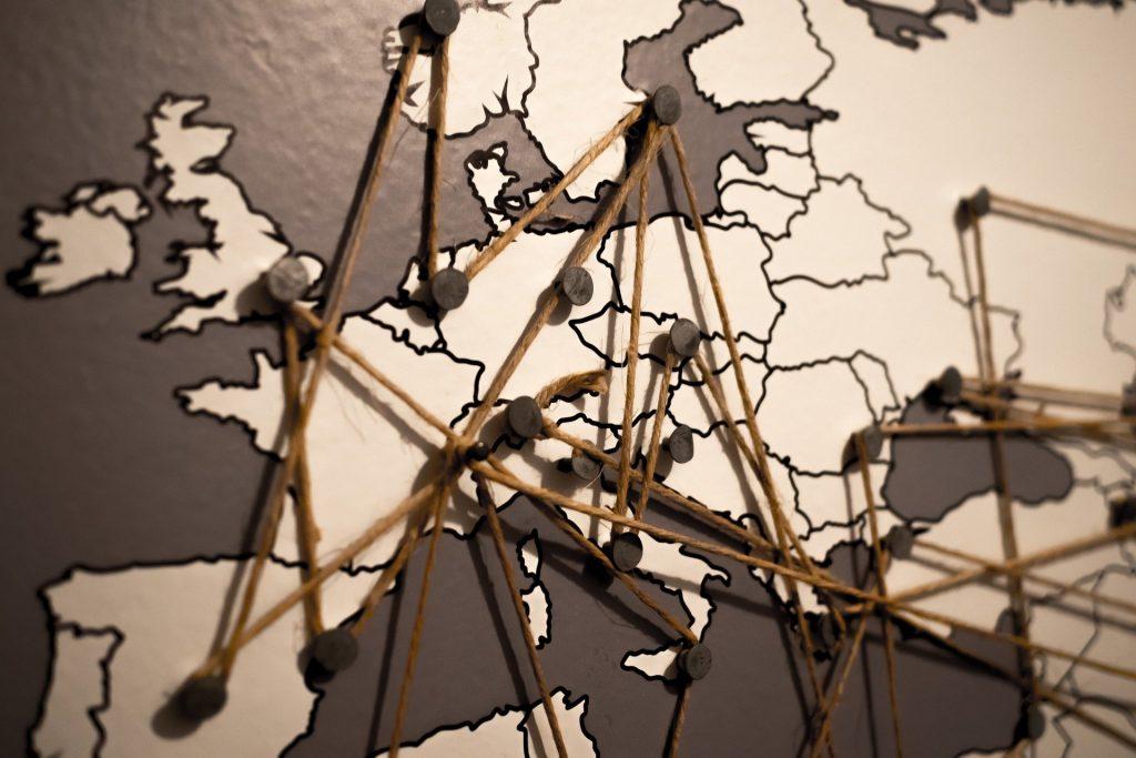 Conexões em mapa, partindo da Irlanda