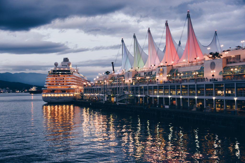 White cruise em Vancouver