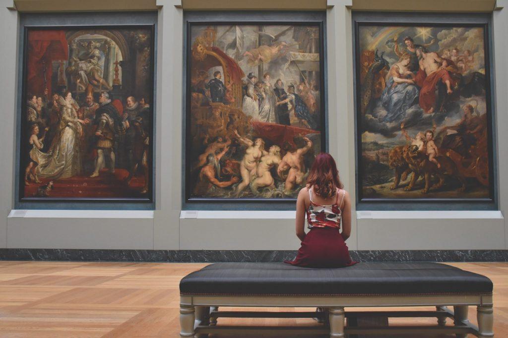 Morar em Paris: os museus